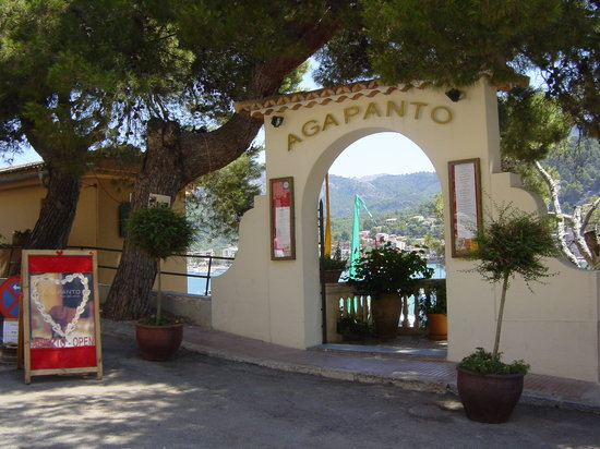 Bar and Restaurant Agapanto: Restaurant Agapanto - The entrance