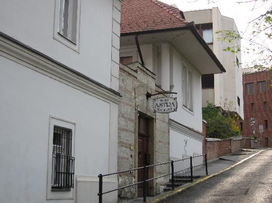 Hotel Astra Vendeghaz: Hotel Astra