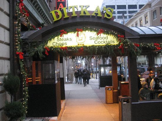 Ditka's Restaurant: Entrance to Ditka's December 2007