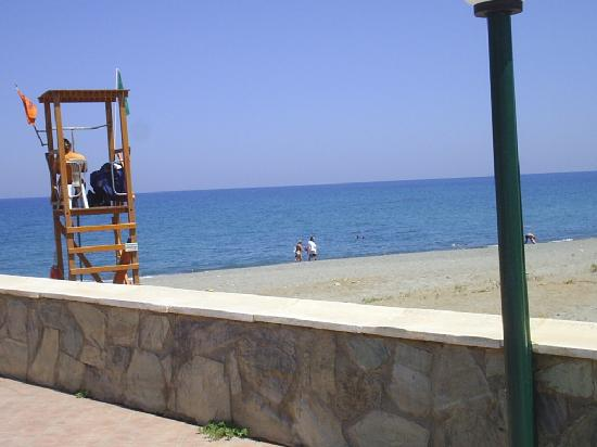 Платаниас, Греция: once again looking out on the sea from the pool