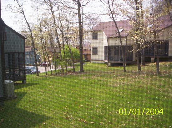 Ridge Top Village at Shawnee: yard