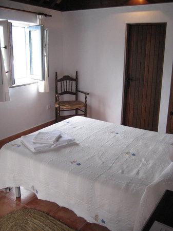 Hostal La Hormiga Voladora: Tidy, simple rooms