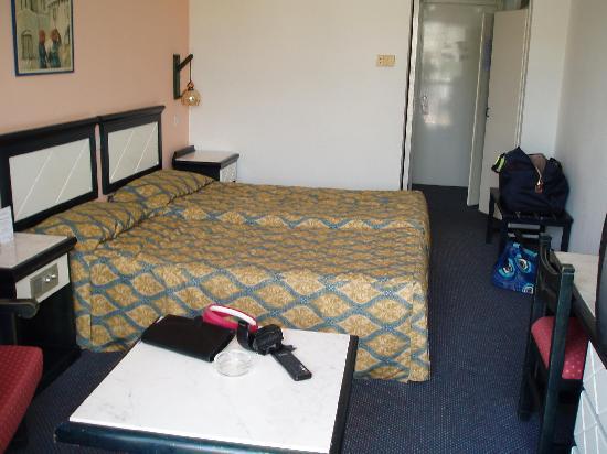 Navarria Hotel: Bedroom