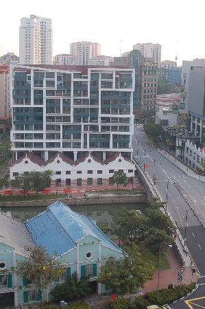 هوتل ميرامار سنغافورة: Bedroom looking the other way