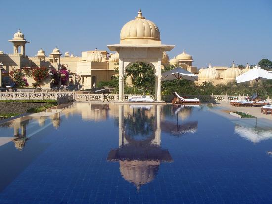 The Oberoi Udaivilas: The Spa Pool