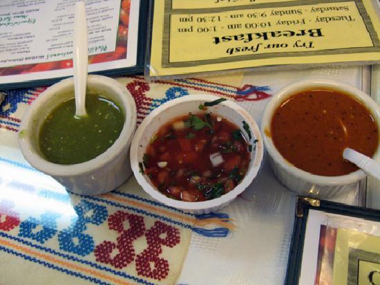 Sarapes Restaurant: Salsas