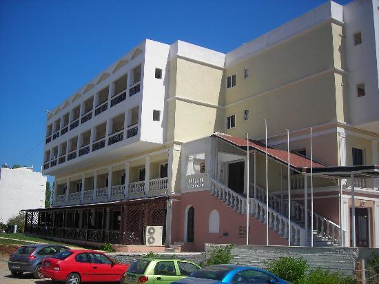 Hersonissos Hotel: l'entrée de l'hôtel