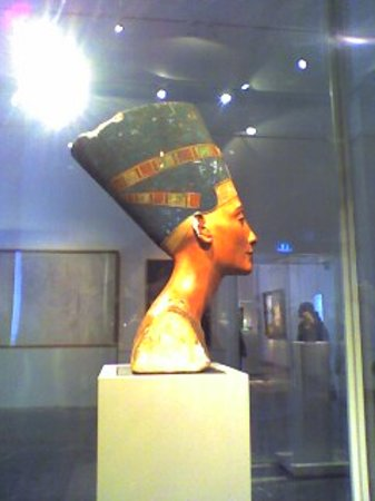 Neues Museum : Nefertiti