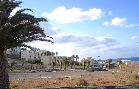 Playitas Hotel: Los edificios del hotel y la entrada