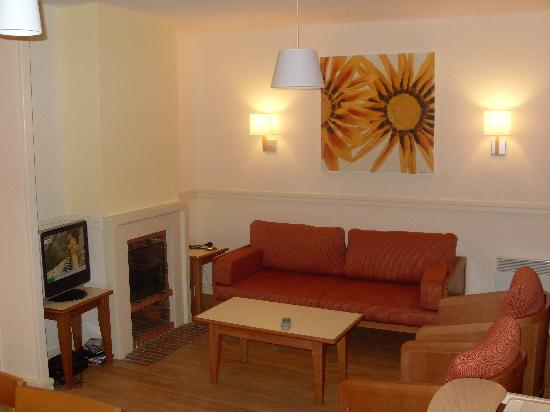 Center Parcs Le Lac d'Ailette : Lounge area - 2 bed comfort