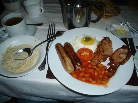 Aynetree Guest House: Picture of breakfast so good.