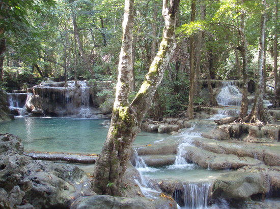 Parque Nacional Erawan, Tailandia: this is the water hole we chose to go swimming in - we had the whole area to ourselves!