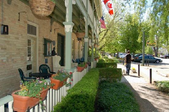 Front of Little Inn - Main inn