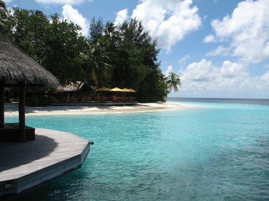 Ihuru Island: Restaurant