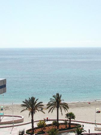 Hipocampos Apartments: View from our balcony towards the beach
