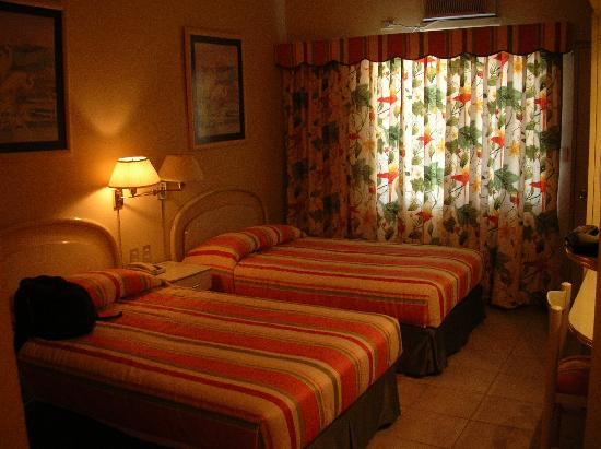 Hotel Petén Espléndido: camera