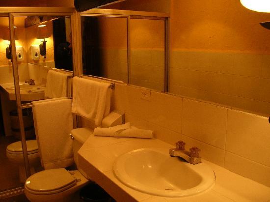 Hotel Posada de Don Rodrigo Panajachel: bagno