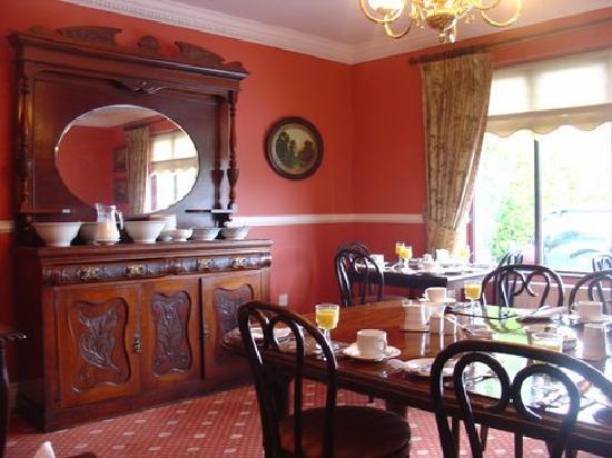 Rock Lodge B & B: Dining Room