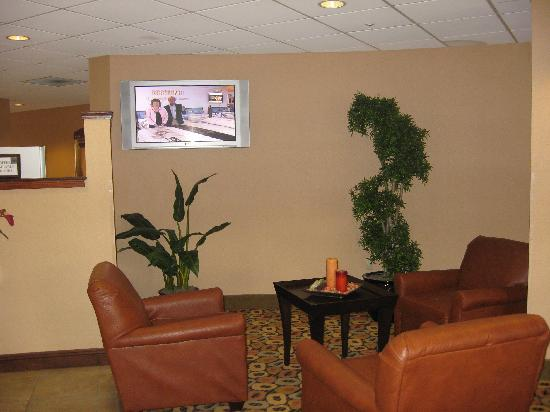 Comfort Suites Panama City Beach : part of lobby