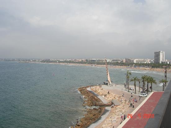 Hotel Oasis Park : Lovely view of Salou