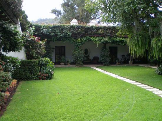 Mansion del Pensativo: garden