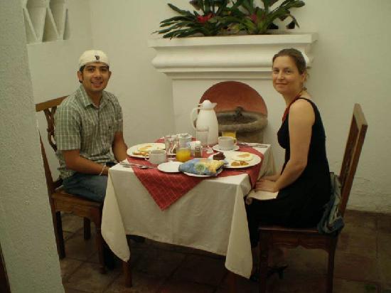Mansion del Pensativo : breakfast