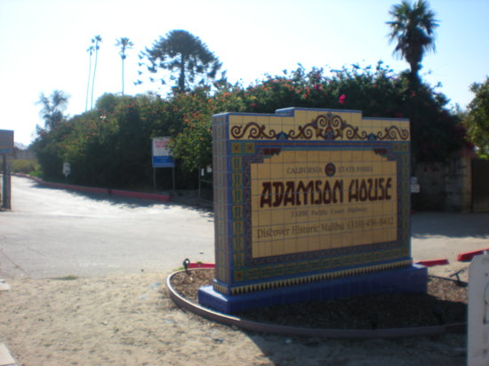Adamson House and Malibu Lagoon Museum: welcome sign