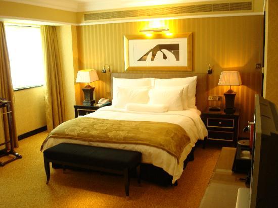 الرتيزكارتون البحرين bed.jpg