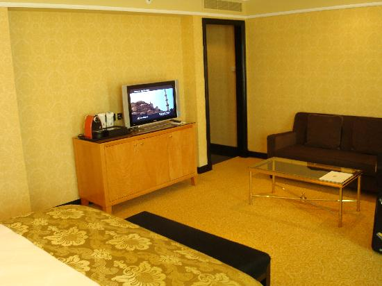 الرتيزكارتون البحرين bedroom.jpg