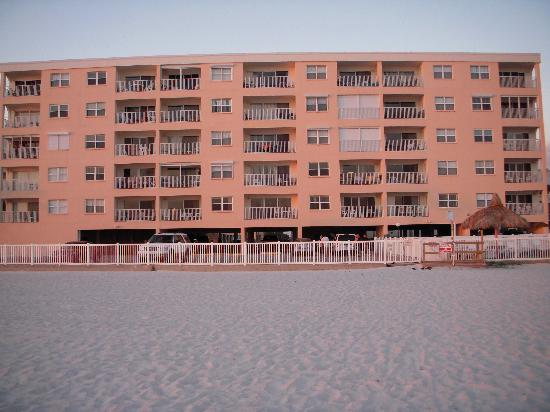 ‪‪Beach Place Condos at John's Pass Village‬: Beach Place (ocean side)‬