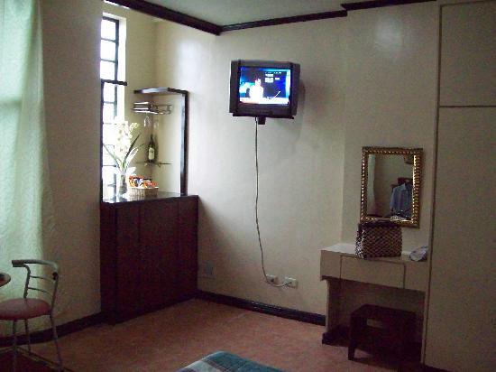La Rica Hotel: Bedroom  La Rica