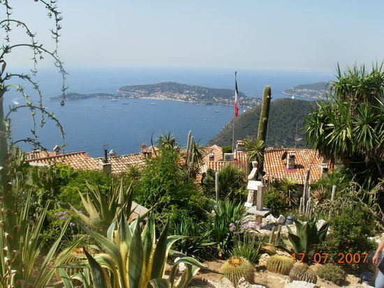 Èze, Frankrijk: View from the top of Eze