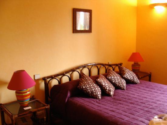 Le Jardin de la Cite : Our room