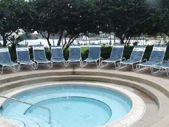 Disney's Beach Club Resort: jacuzzi