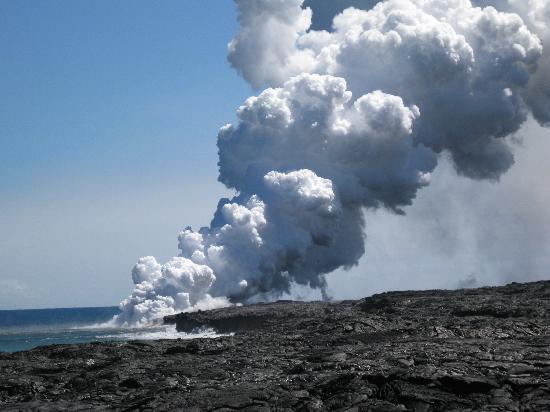 Vavoom Volcano Tours: Lava meet ocean