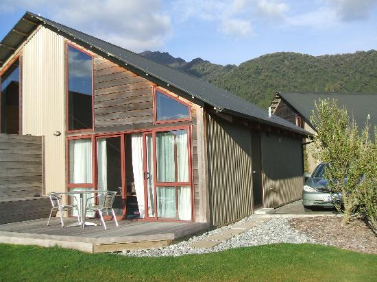 Glenfern Villas Franz Josef: external view