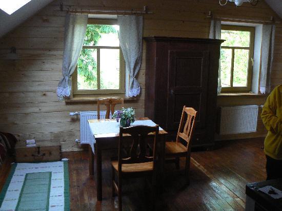 Liepaja, Latvia: Einblick Zimmer im Obersgeschoss (5 Personen-Zimmer)