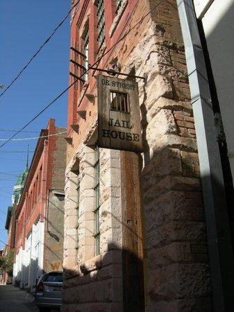 The OK Street Jailhouse : Bisbee OK Jailhouse entrance.