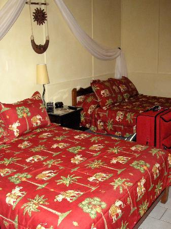 Hotel Poseidon y Restaurante: Our room (on the 1st floor)