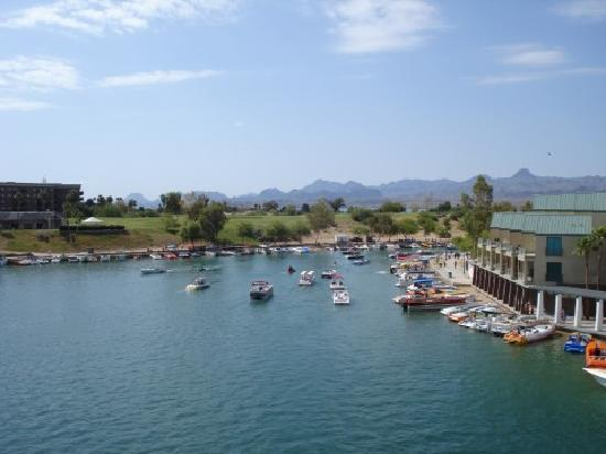 Knights Inn Lake Havasu City: view from London Bridge