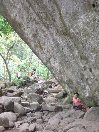 La Piedra Pintada: to scale