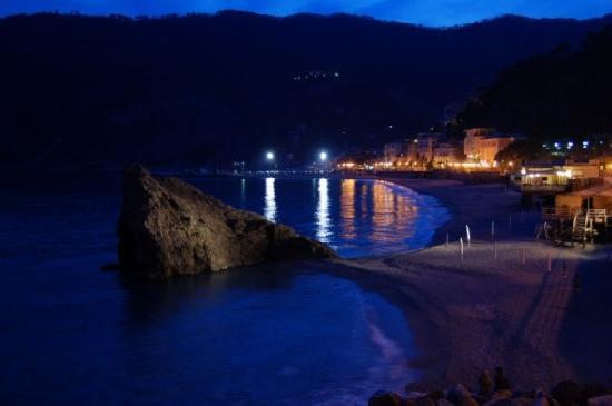 New town Monterosso at night - Picture of L\'Antica Terrazza ...
