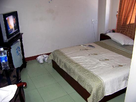 Prince Hotel: My room at Nice Hotel