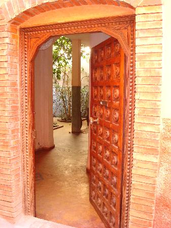 Door to Dar Pangal