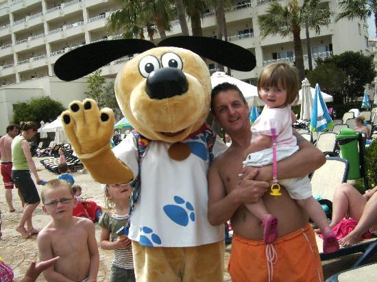 Hipotels Coma Gran Aparthotel: Thomson The Dog