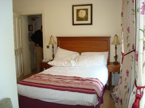 Headfort Arms Hotel: Room