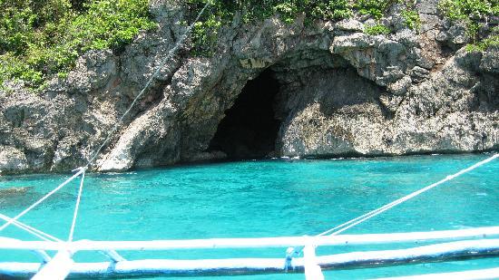 Boracay Beach Club: cave on backside of island