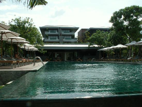 Rest Detail Hotel Hua Hin: Gorgeous infinity pool