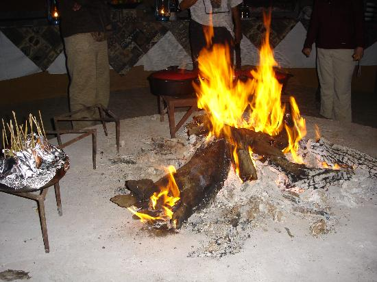Royal Legend Safari Lodge & Spa: Fire to warm you up after a game drive