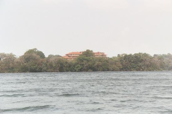 Gatun Lake: Lago Gatún, Meliá in the background.